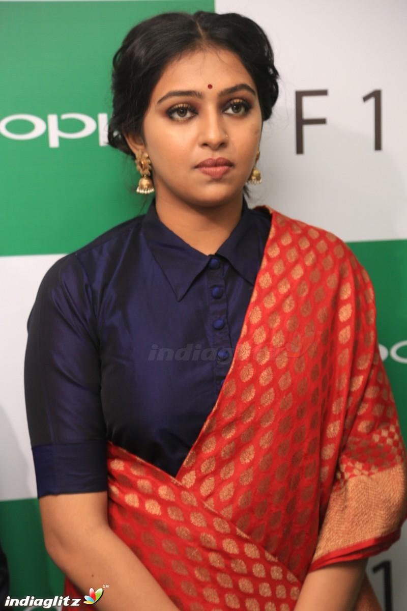 Xxx Lakshmi Menon Complete lakshmi menon gallery - bollywood actress gallery stills images