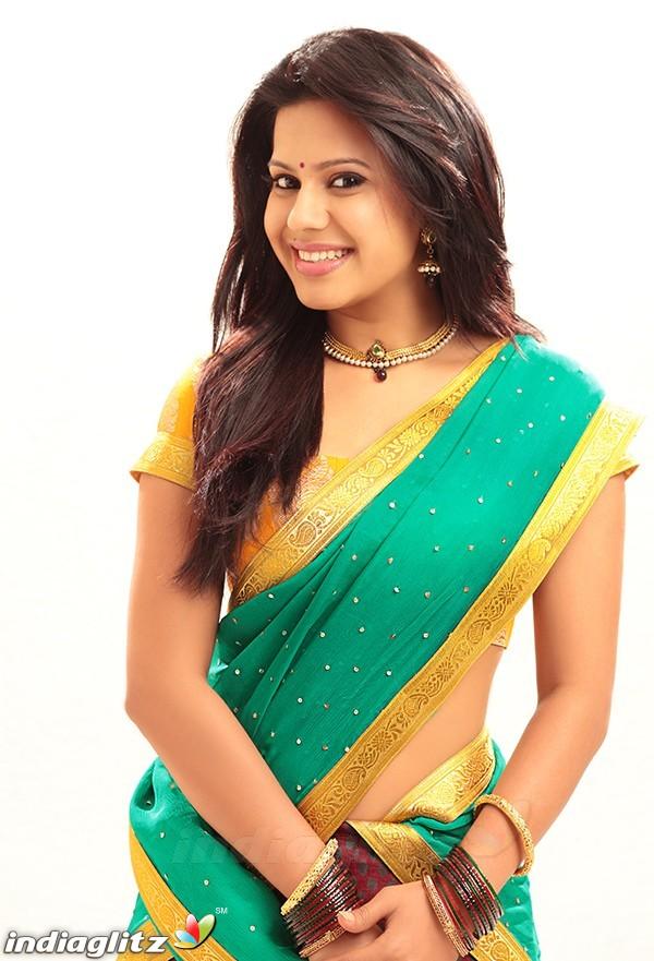 ranya   tamil actress image gallery   indiaglitz