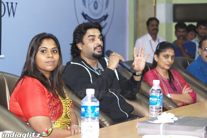 krishna bhagwan photo hd LGEoH