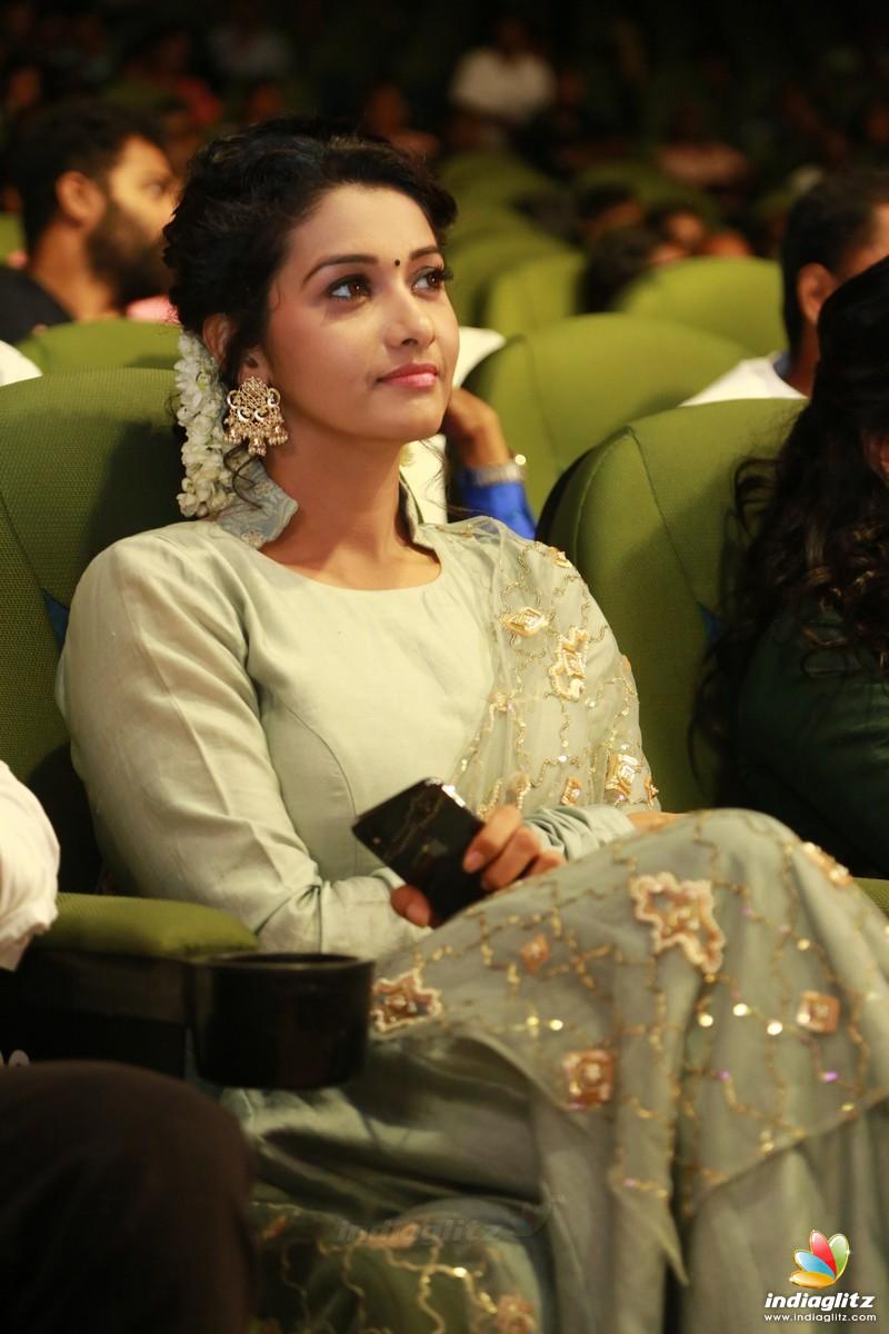 MGR, Sivaji Award 2018