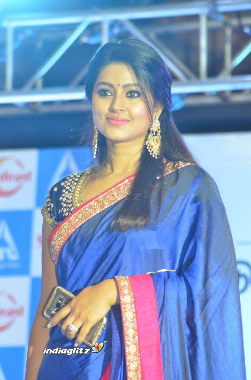 Events Sneha Launches Sunfeast Biscuits Movie Trailer