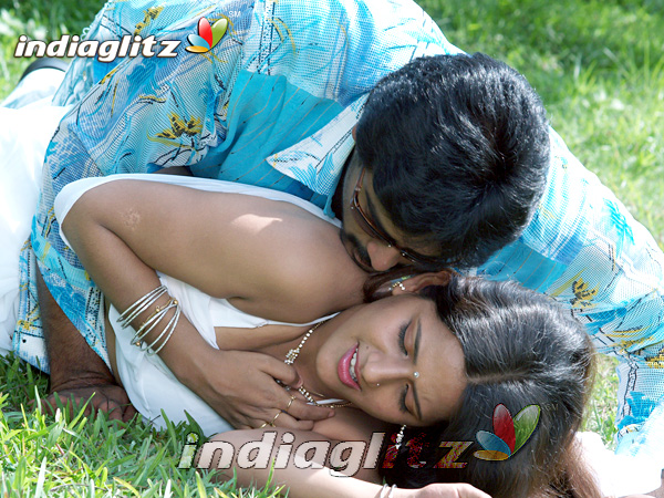 18 vayasu puyale movie