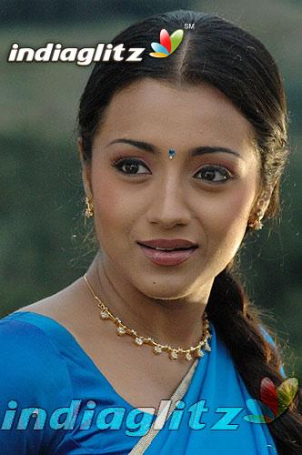 Aaru (film) Aaru Gallery Tamil Actress Gallery stills images clips