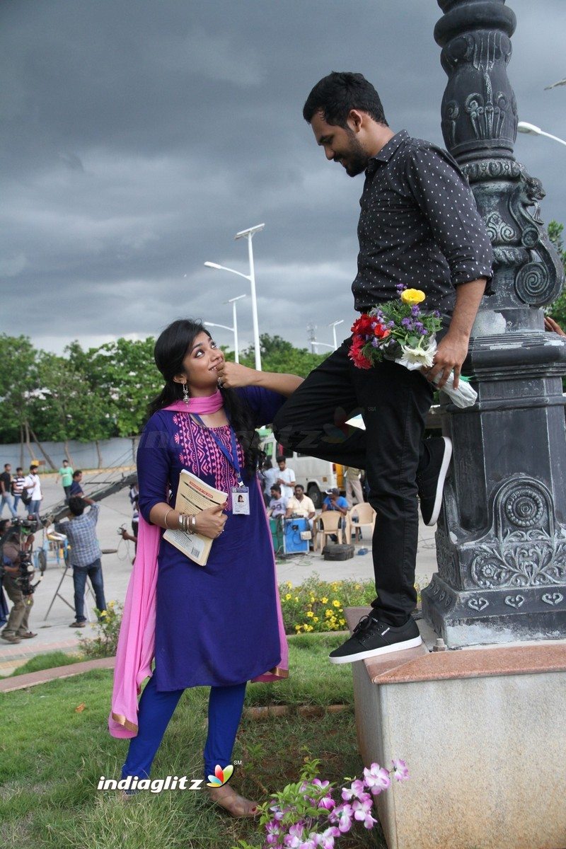 meesaya murukku gallery   tamil actress gallery stills