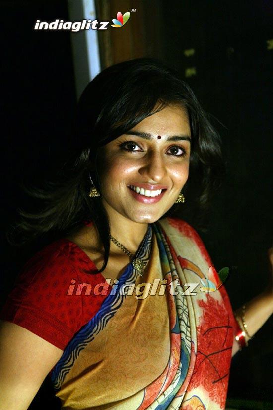 Koduthu Vaithaval MGR E.V Saroja Super Hit Tamil Classic Movie Full Movie