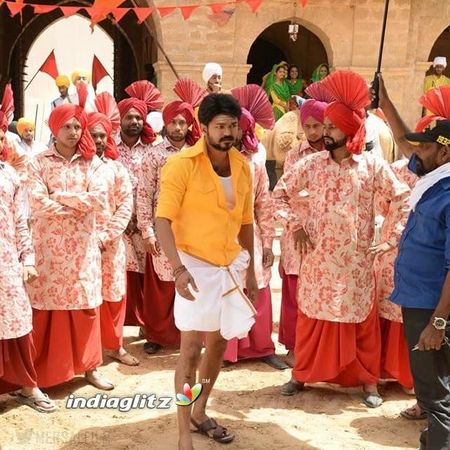 Pakka Tamil Hd Movies: Tamil Movies Photos, Images, Gallery