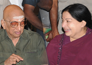 Rare! Jayalalitha as Cho Ramaswamy's pair