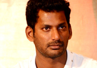 Vishal's timely help to the child of a road accident victim