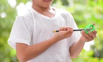 Pencil manufacturer's lovely gesture for a left handed girl