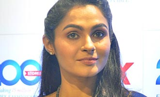 Andrea Jeremiah launches 200th Max Fashion India Showroom