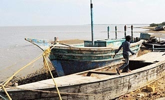 Coast Guard concedes it fired at Tamil fishermen last week