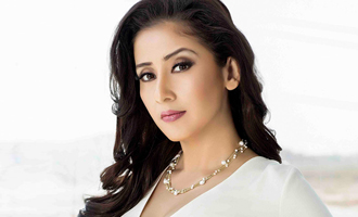 Manisha Koirala joins flood relief work in person