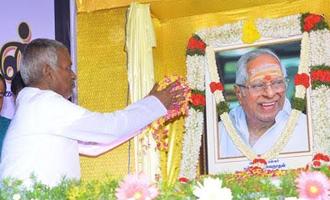 மெல்லிசை மன்னர் எம்.எஸ்.விக்கு சென்னையில் சிலை. இளையராஜா