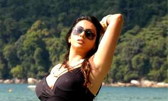 Namitha acts in superstars film tamil movie news indiaglitz thecheapjerseys Images