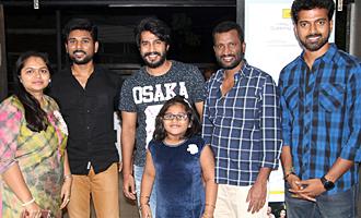 'Nenjil Thunivirundhal' Grand premiere show