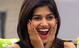 Oviya clarifies about her Bigg Boss reentry and the real reason for haircut