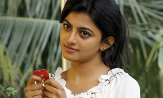 'Kayal' Anandhi becomes 'Pasanga' Pandi's pair for Vijay's director