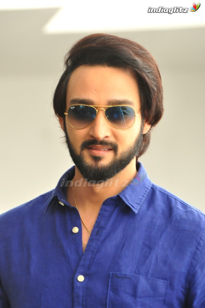 saurabh raj Saurabh raj jain, the actor currently featured as shiva in mahakali: anth hi aarambh hai and well-known for his mythological serials mostly played the character of krishna or vishnu just got double dose of good news he and his wife ridheema are blessed with twins ridheema delivered twin.
