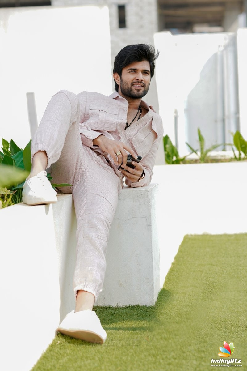 Vijay Devarakonda Photos Telugu Actor Photos Images