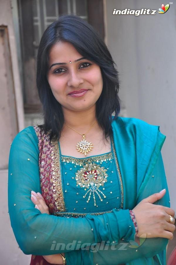 Anju Asrani