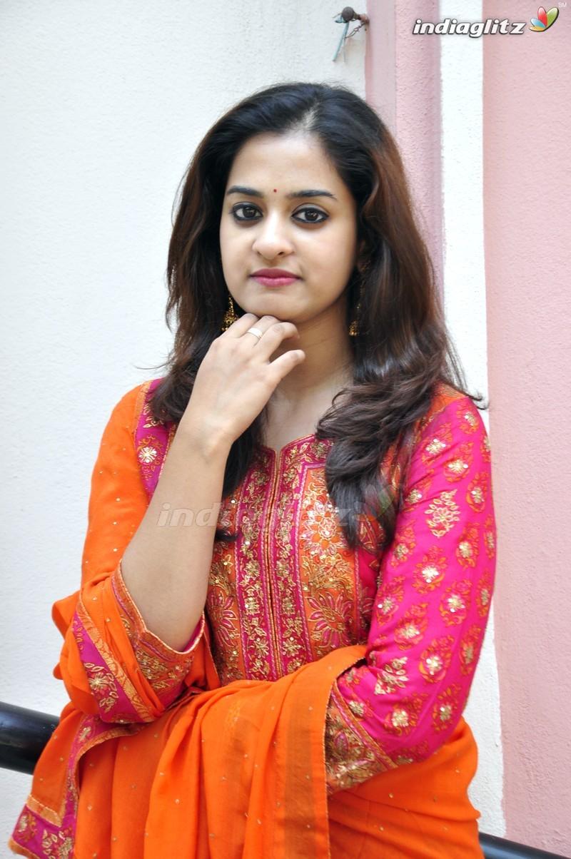 Nanditha photos telugu actress photos images gallery stills and nanditha photos thecheapjerseys Choice Image