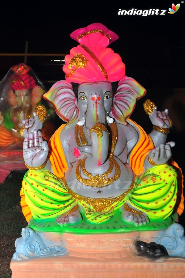 Events - Lord Ganesha Idols In Hyderabad gallery clips ...