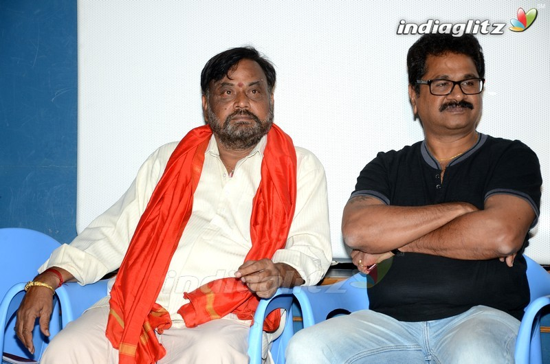 Sivaji Raja Launches 'Mahila Kabbadi' 1st Song