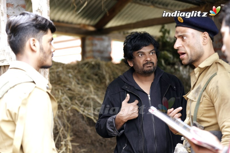 'Mehbooba' On Location