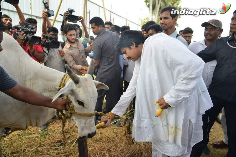 Pawan Kalyan's Amaravathi House Foundation Ceremony