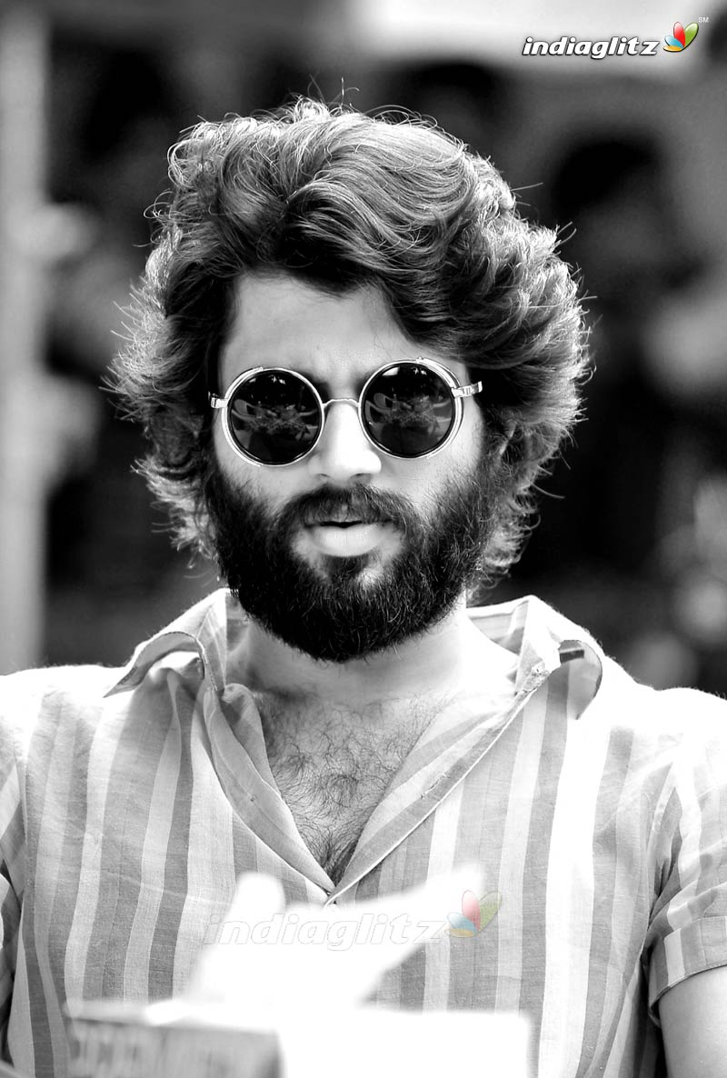 Arjun Reddy Photos Telugu Movies Photos Images Gallery