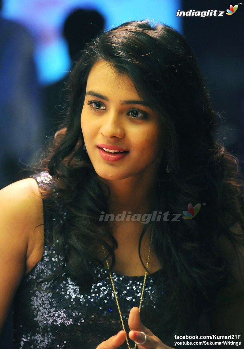 Kumari 21F Kumari 21F Gallery Telugu Actress Gallery stills images clips