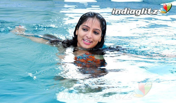 Swimming Pool Photos Telugu Movies Photos Images Gallery Stills Clips
