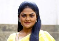 'నువ్వు తోపురా' తో నిన్నటితరం కథానాయిక నీరోషా రీఎంట్