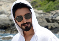 'Aatadukundam Raa' release date