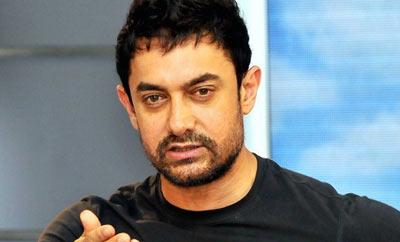Aamir Khan vs 'Dari lo poye danayya' & a court case!