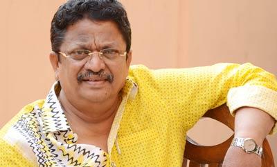 Balayya babu's dance moves are like Bunny's, Charan's: C Kalyan