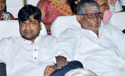 Harish Shankar and Tanikella Bharani Watches DJ at Sriramulu Theater