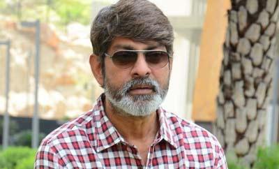 'Legend' deserves the awards: Jagapathi Babu