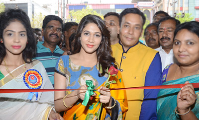 Lavanya Tripathi Launches Arihant Fashion World