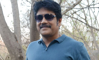 Nag's tweet keeps fans super-busy