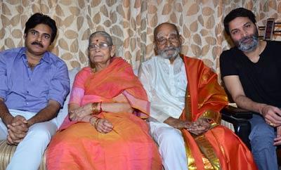 Pawan Kalyan and Trivikiram Congratulate K Vishwanath On Winning Dadasaheb Phalke