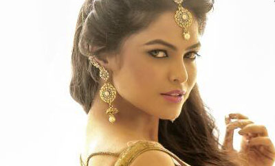 Bollywood actress launches fashion app