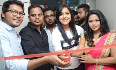 Rashmi Launches Be You Salon @ AS Rao Nagar