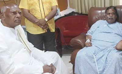 Rosaiah calls on Dasari Narayana Rao