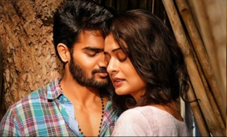 'RX100': 4-day share is incredible