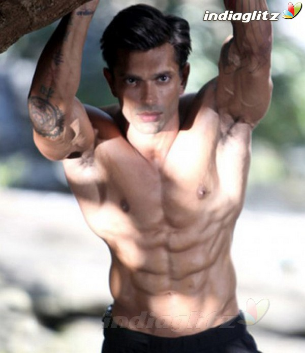 Karan Singh Grover - Bollywood Actor Image Gallery