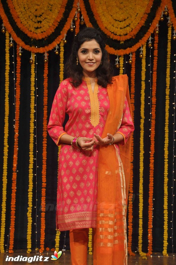 Marathi Film Mumbai Pune Mumbai Review Mumbai Pune