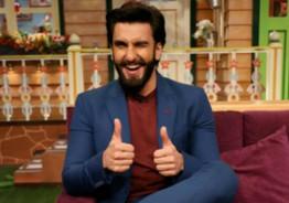 """Ranveer Singh's """"Happy Dance"""" With Sadhguru Is Not To Be Missed!"""