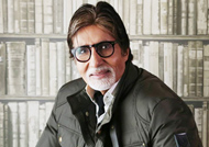Big B feels honoured and blessed in Twitter world