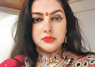 Mamta Kulkarni issued non-bailable warrant from Maharashtra police